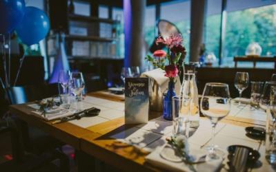 Echte Hochzeit: Hochzeitsdeko und Hochzeitstischdekozur Aquarellpapeterie!