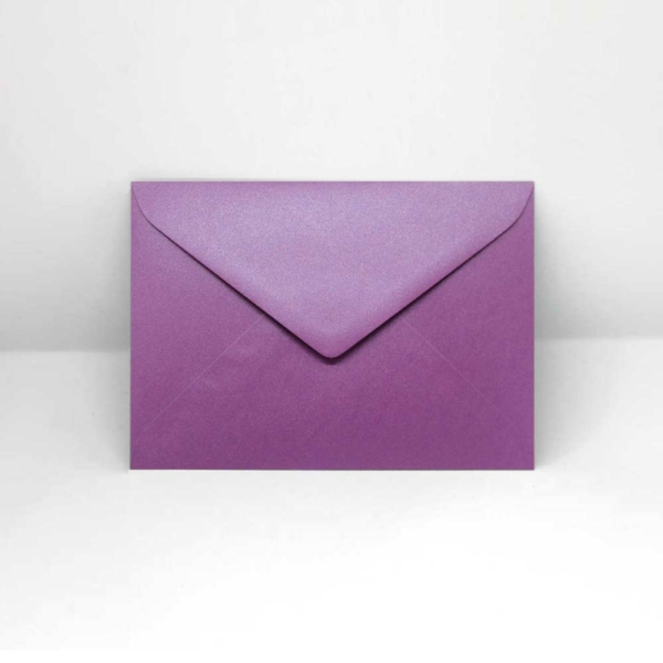Briefumschlag lila metallic C6