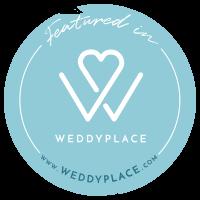 Individuelle Hochzeitspapeterie und Hochzeitsdekoration empfohlen von Weddyplace
